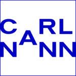 Blaues CarlNann Logo auf weißem Hintergrund mit blauem Rahmen